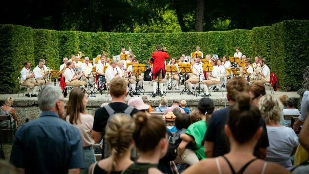Postmusik Salzburg Mirabellgartenkonzert